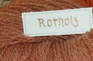 Rotholz, Brasilholz, Lignum fernambuci, gefärbte Wolle